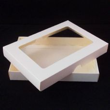 "5"" x 7"" Ivory Invitation Boxes With Aperture Lid"